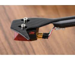Pro-Ject Debut Carbon RecordMaster HiRes lemezjátszó + Ortofon 2M-Red, dió