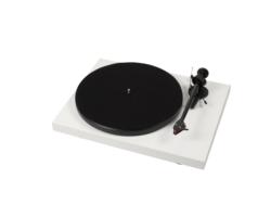 Pro-Ject Debut Carbon DC lemezjátszó /Ortofon 2M-Red/ fehér