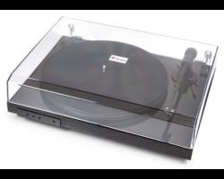 Pro-Ject Jukebox E lemezjátszó Ortofon OM-5E,D osztályú erősítő Bluetooth modullal