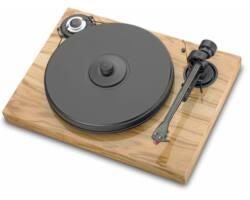 Pro-Ject 2 Xperience Classic analóg lemezjátszó mogyorószín Ortofon 2M-RED MM hangszedővel szerelve