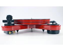 Pro-Ject RPM 1 Carbon analóg lemezjátszó piros Ortofon 2M-RED hangszedővel