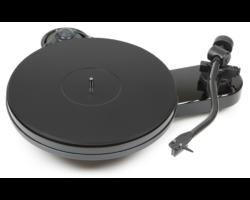 Pro-Ject RPM 3 Carbon analóg lemezjátszó /hangszedő nélkül./