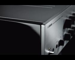 Yamaha C-5000 sztereó előerősítő, zongoralakk ezüst