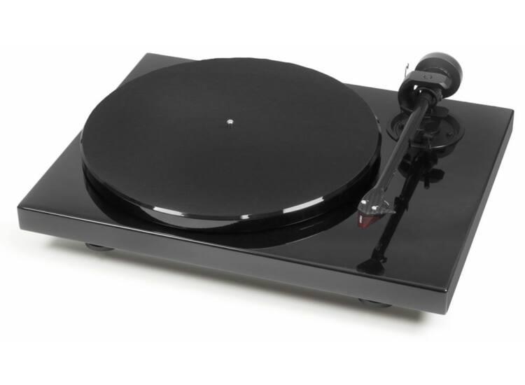 Pro-Ject 1 Xpression Carbon analóg lemezjátszó Ortofon 2M-RED hangszedővel